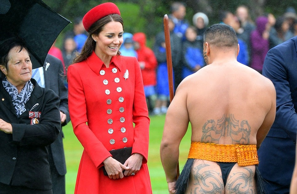 Bayanaspot eyes front kate giggling duchess of bayanaspot eyes front kate giggling duchess of cambridge greeted by bare bottomed traditional maori dancer and rubs noses with local m4hsunfo