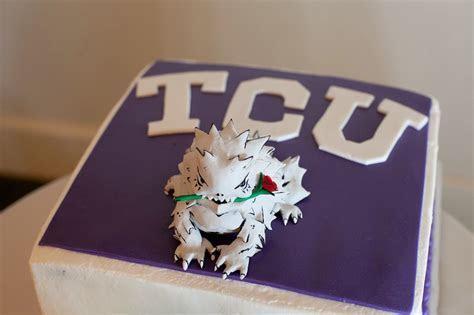 Awesome Horned Frog groom's cake   TCU Magazine