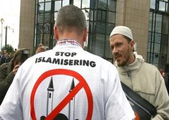 المسلم المهاجرفي الغرب والكليات الخمس