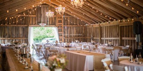 The Barn in Zionsville Weddings   Get Prices for Wedding