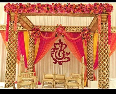Florida Indian wedding decor for a South Indian, Hindu