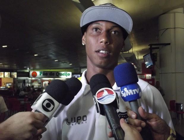 Flávio Boaventura, zagueiro do ABC (Foto: Tiago Menezes)