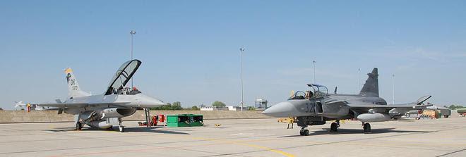 JAS-39 và F-16 sẽ cùng gia nhập biên chế Không quân Việt Nam? - Ảnh 3.