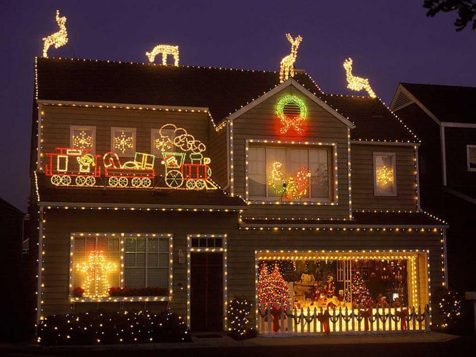 Christmas Roof Decorations For Sale - Eki Riandra