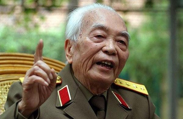 Đại tướng Võ Nguyên Giáp, Lê Khả Phiêu, cách mạng