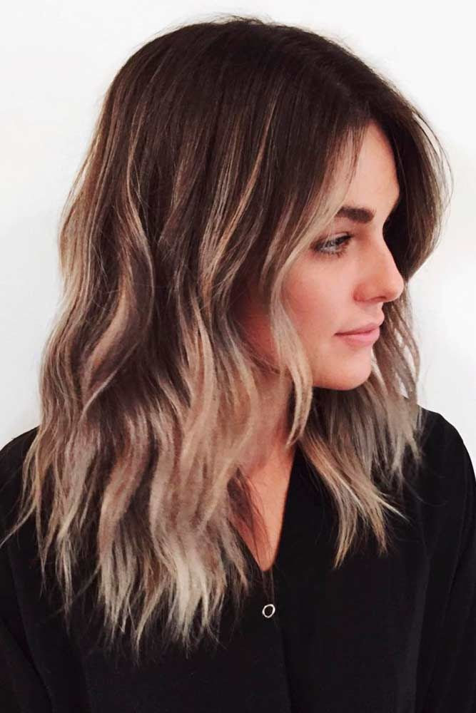30 Amazing Medium Hairstyles for Women 2021 - Daily Mid-length haircuts