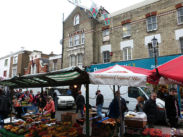 market in portobello