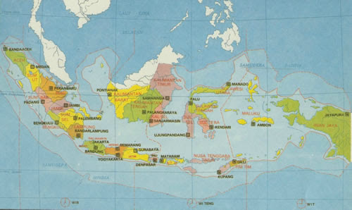 map of Bali, Indonesia and the World