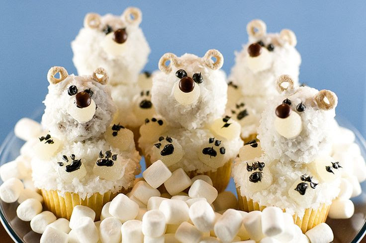 Polar Bear Cupcake decorating idea