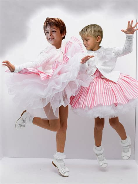 Hey! Us boys love to dress up like pretty little girls and