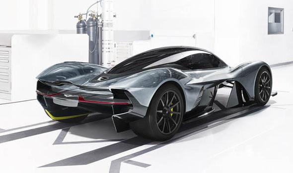 1 000 Hp Aston Martin Valkyrie Being James Bond Forum