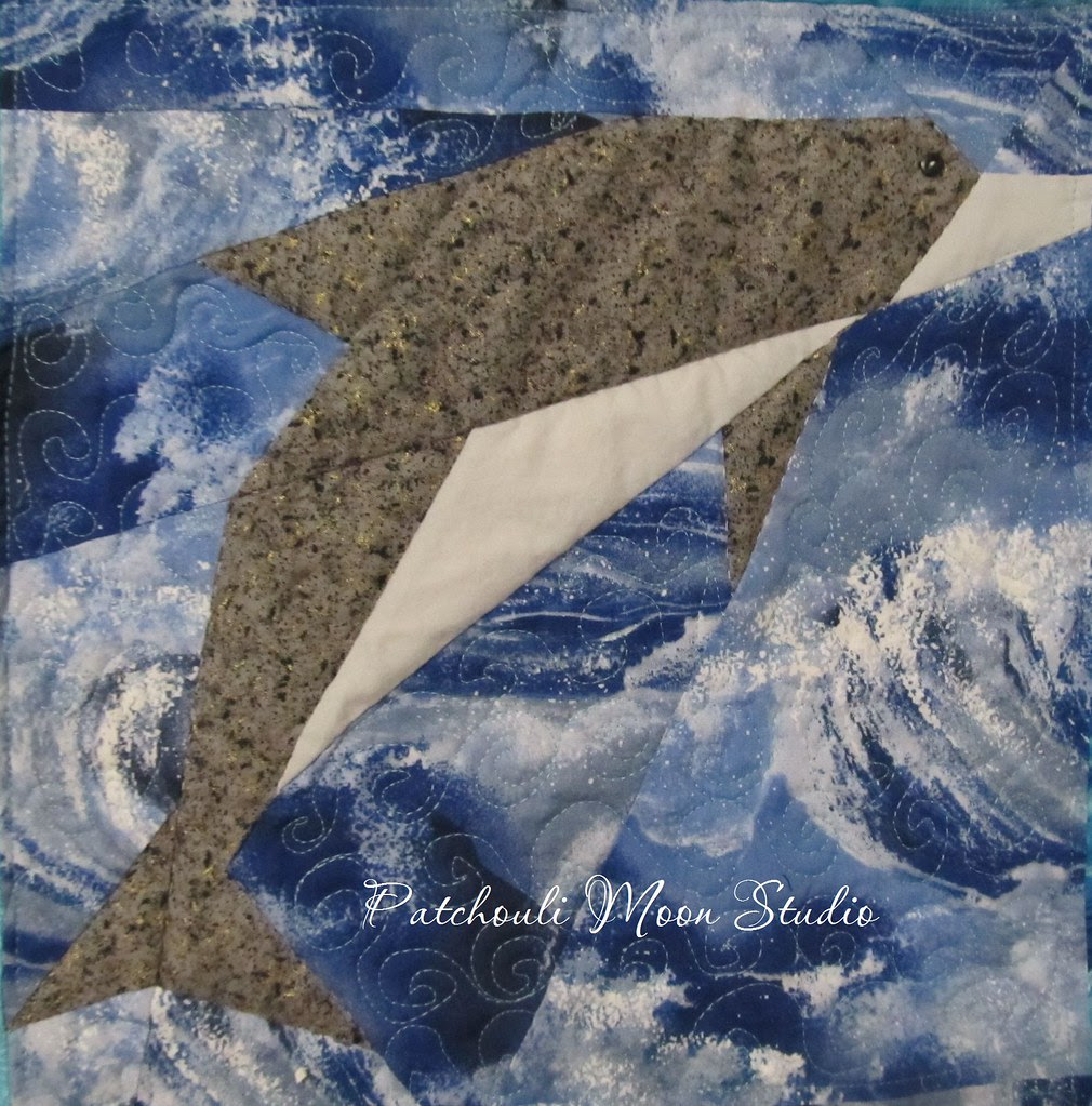 Dolphin quilt (4)