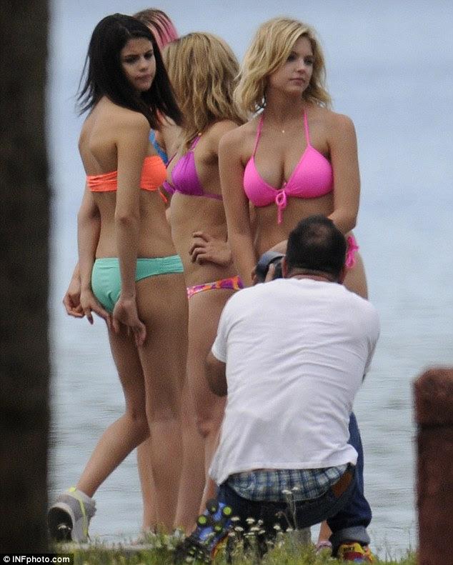 Spring Breakers Selena Gomez Vanessa Hudgens And Ashley Benson