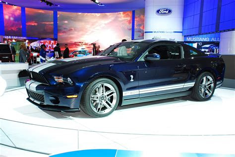 ford mustang shelby gt coupe detroit  picture