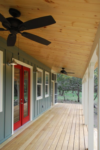 kanga 480sqft cottage 03 400x600   480 Sq. Ft. Kanga Cottage Cabin with Screened Porch