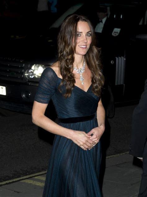 Princess Catherine wears mega necklace at Portrait Gala