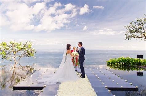 HOW MUCH DOES A WEDDING IN BALI COST?