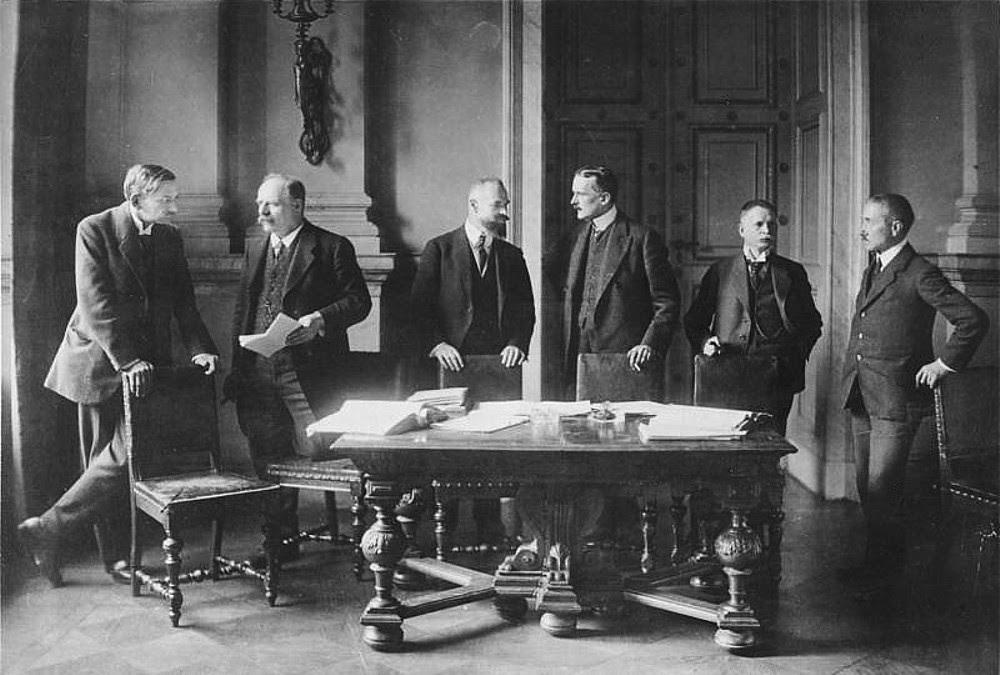 German delegation at Versailles