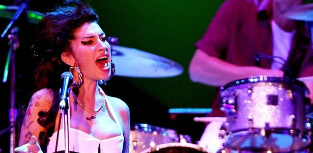 Amy Winehouse durante show no Summer Soul Festival, na Arenha Anhembi, em São Paulo (15/01/2011)