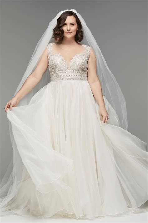 Plus size Designer Wedding Gowns In San Diego   Hctb
