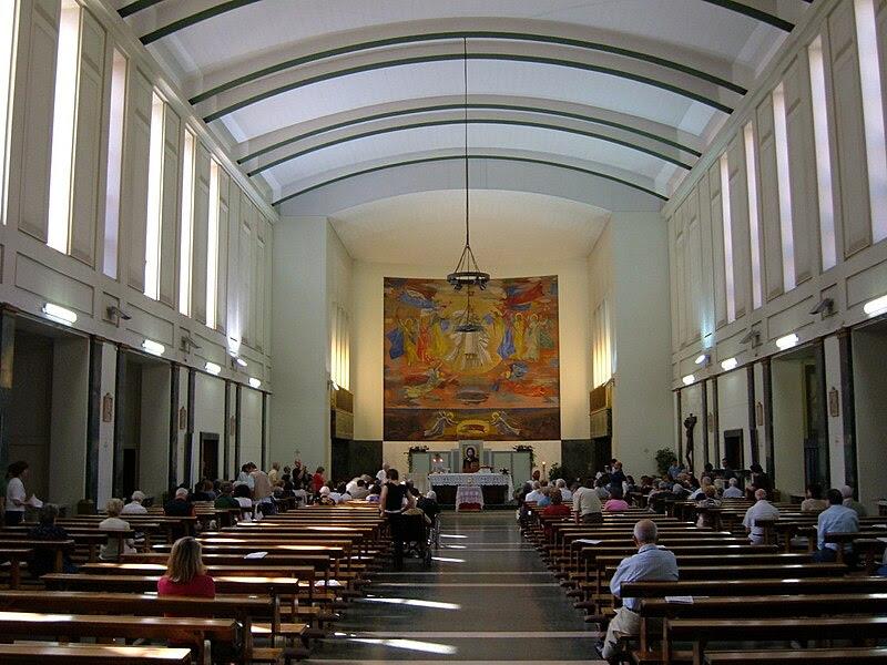 File:Q17 Trieste - Chiesa S. Maria Goretti 3.JPG