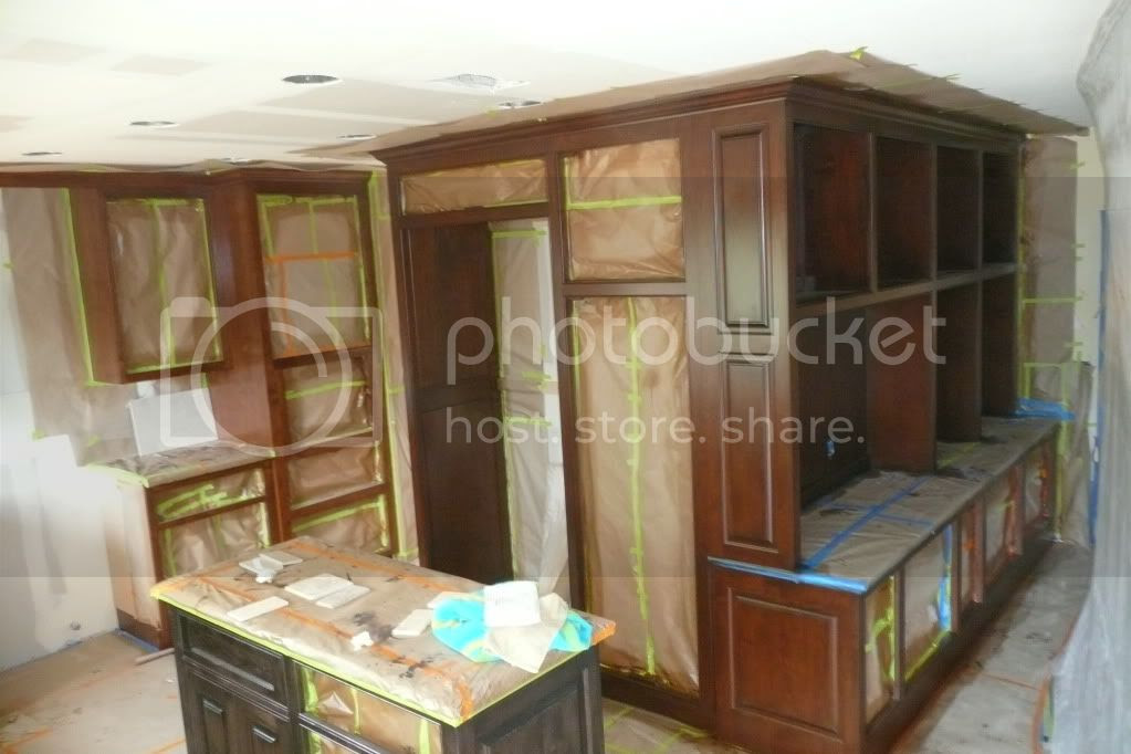 Need pictures of cabinetry that wraps around outside corner