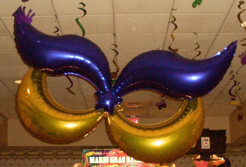 Mardi Gras Balloon Decor, Columns, Arches and Centerpieces ...