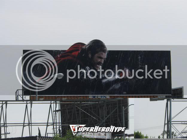 Thor nas ruas
