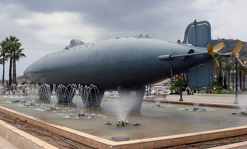 File:Peral Submarine Cartagena,ES 2007.jpg