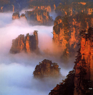Zhangjiajie_clouds