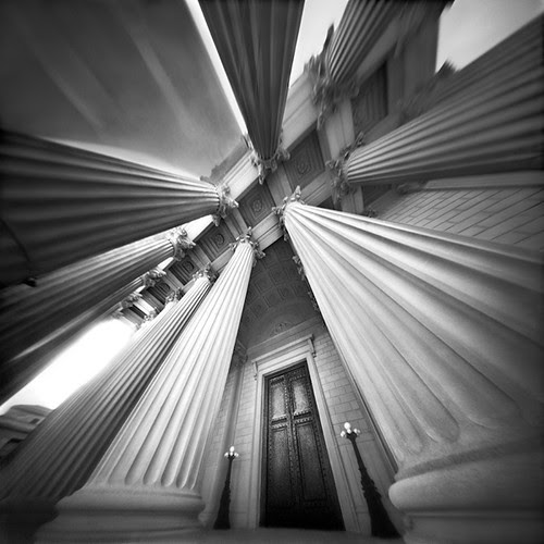 Five Pointed Star in Marble (Pinhole Photograph) por integrity_of_light