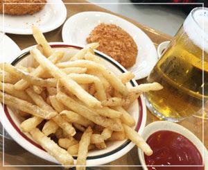 夜に備えてお昼は軽めに(でもビール)