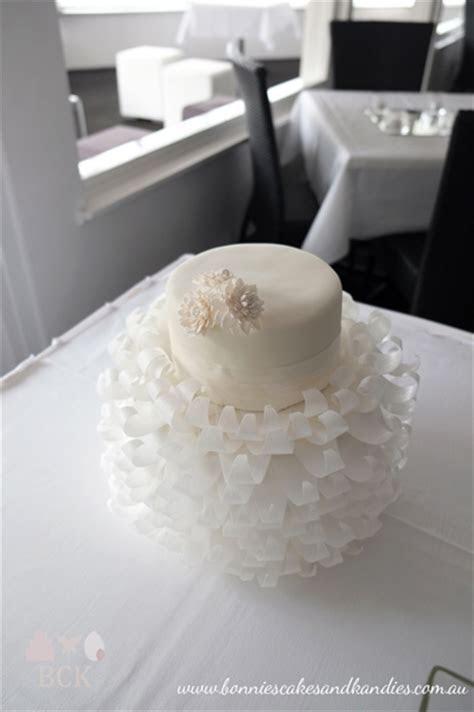 Romantic White Wedding Cake ? Mooloolaba   Bonnie's Cakes