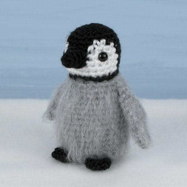 Baby Emperor Penguin amigurumi PDF CROCHET PATTERN