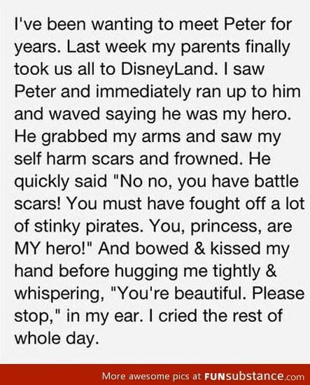 Peter Pan Actor Showers A Girl With Affection After Seeing Her