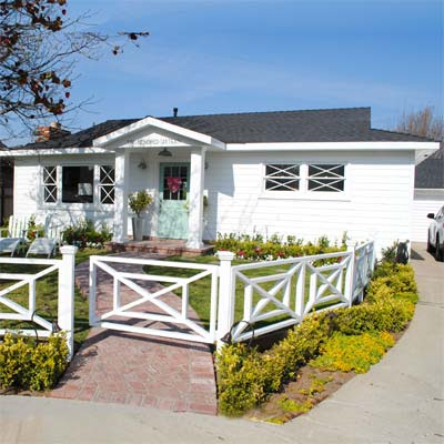 Hometown House Is a Dream Cottage: After from this old house curb appeal finalists 2012