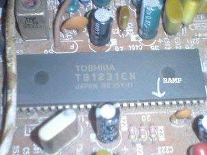 capasitor-feedback-vertikal-mainboard-televisi-toshiba-300x2251