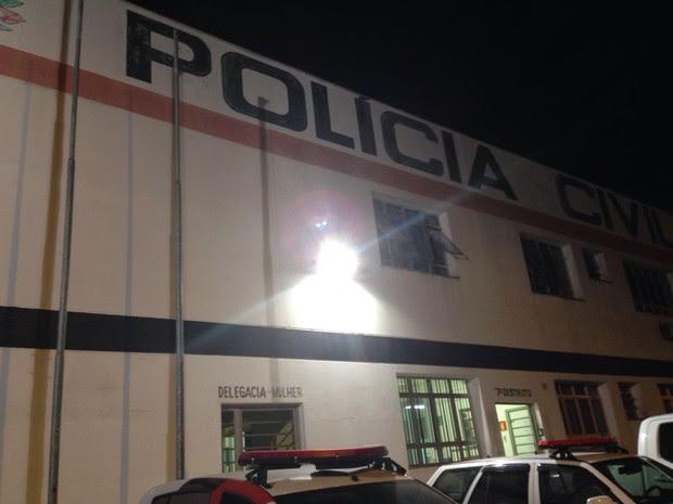 Caso foi encaminhado à Delegacia de Defesa da Mulher (DDM) (Foto: Guilherme Lucio da Rocha/G1)