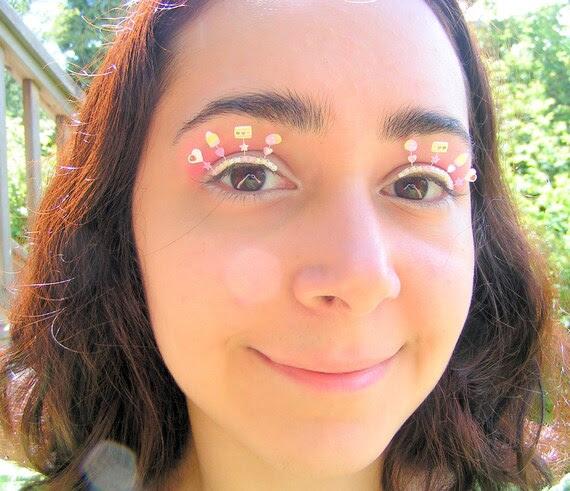 Berry Candy Eyelash Jewelry - false eyelashes with white chocolate and strawberry sweets