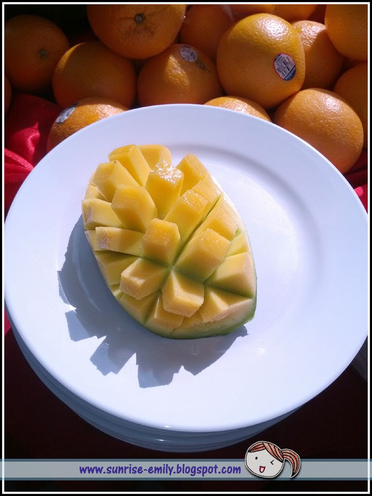 Seri Menanti Resort-special cutting of mango