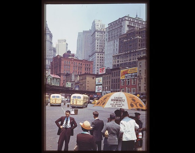 looking-up-into-financial-district-from-south-ferry-1941