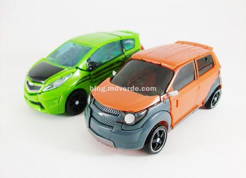 Transformers Mudflap RotF Deluxe vs Skids - modo alterno