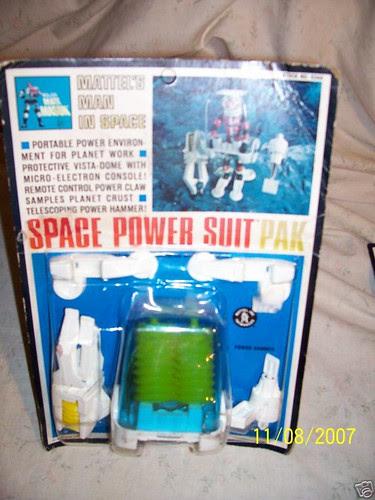mmm_spacepowersuitpak.JPG