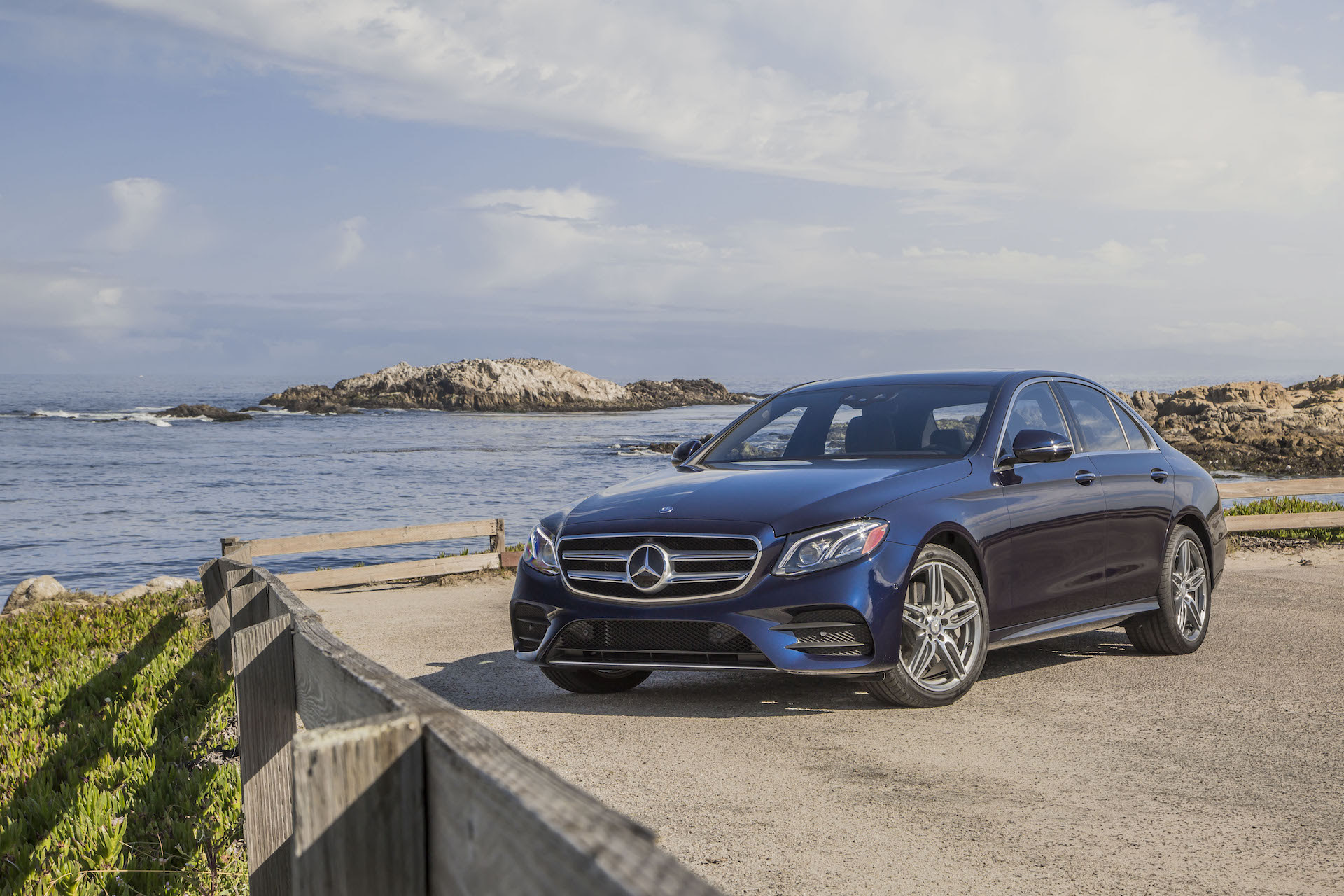 9 safety tricks the 2017 Mercedes-Benz E-Class can do all ...