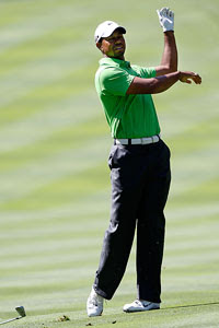 Frustrated Tiger -- Sam Greenwood/Getty Images from ESPN