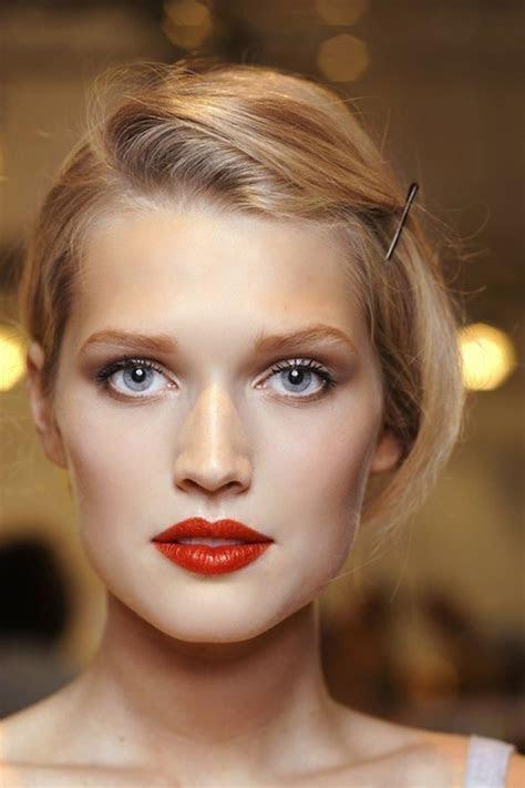 red lipstick for bridal makeup 1   WeddingElation