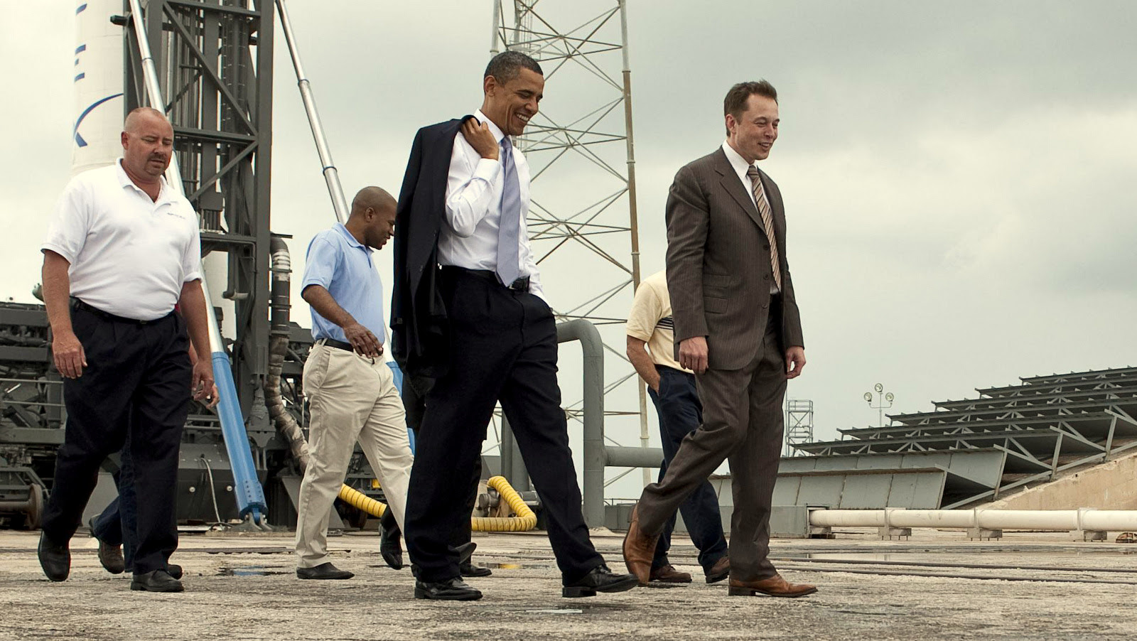 Elon Musk and President Barack Obama at the Falcon 9 Space-X launch site.