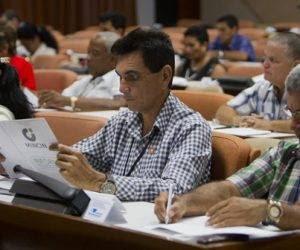 Trabajo en comisiones de la Asamblea Nacional. Foto: Ladyrene Pérez/ Cubadebate.