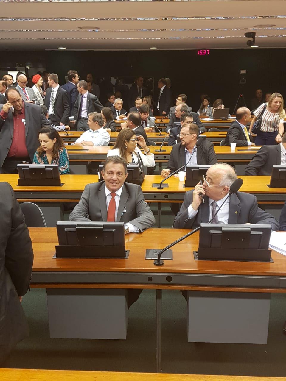 Cleomar Tema agradece parlamentares pela aprovação do 1% no FPM na Câmara Federal