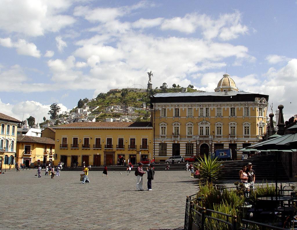 DSC00727 Plaza de San Francisco Quito Ecuador